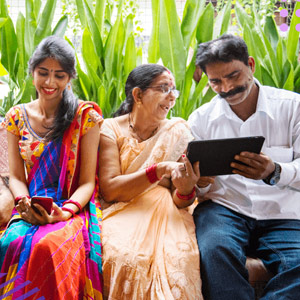 Indian family is learning how to create electronic signatures.